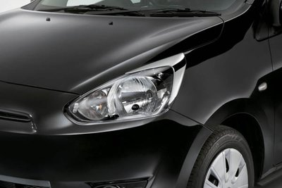 2017 Mitsubishi Mirage Headlamp Garnish, Chrome MZ330458