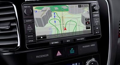2014 Mitsubishi Outlander Navigation and Music Server Display Unit